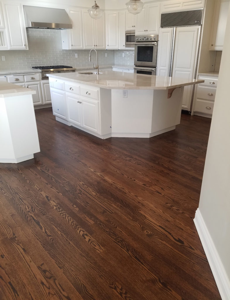 Hardwood-Floor-Kitchen-White-Cabinets